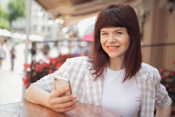 Як зняти розмовне сторіс про новий пост